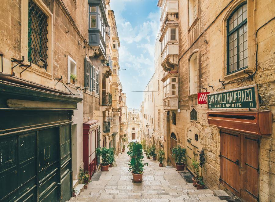 Какая нужна виза на Мальту